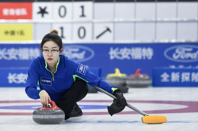冰壺——中國公開賽:中國一隊戰勝青海